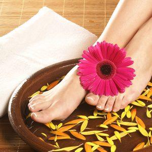 Jalkahieronta jalkahoito