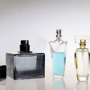 Miesten ja naisten tuoksulahjapaketit